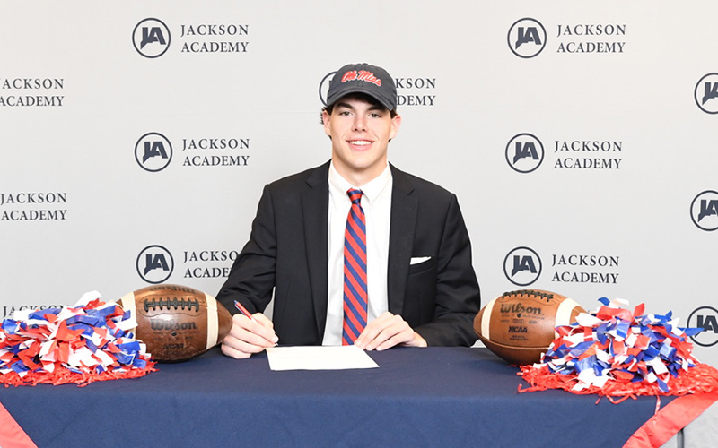 Kinkead Dent Signs with Ole Miss